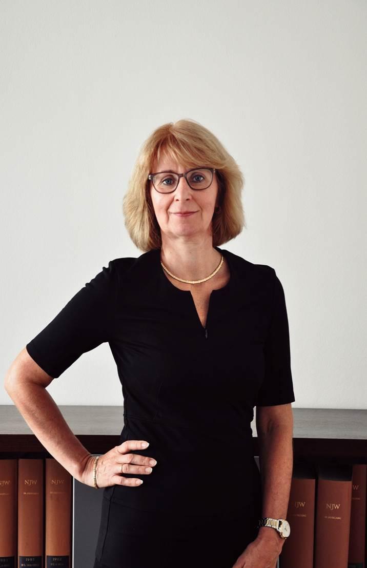 Frau Gutsche (Assistenz Damerau)